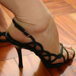 High heels could cure back pain