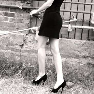 Should very tall women wear high heels?