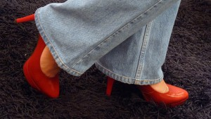 How to wear jeans with high heels