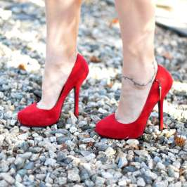 How to avoid breaking your high heels
