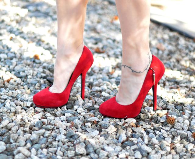 How to avoid breaking your high heels