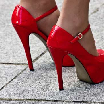 Wearing high heels for too long can aid the development of Motron's neuroma