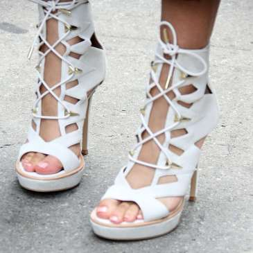 The clear signs your high heels are not the right size