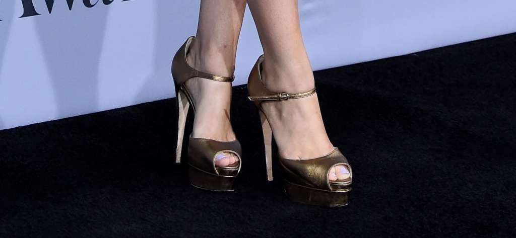 The best celebrities in high heels at the 2015 InStyle Awards