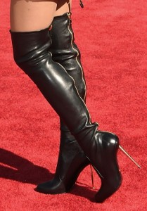 ariana-grande-boots