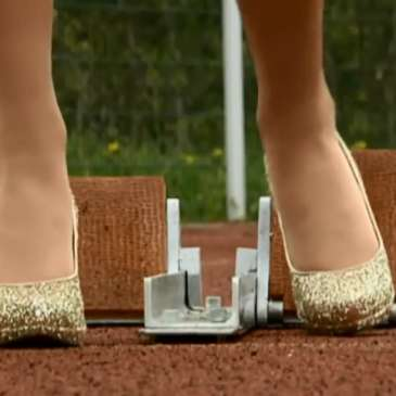 Running in high heels for world records