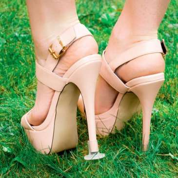 Clean Heels prevent your heels from sinking in grass