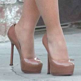 The best celebrities in high heels for July 2015